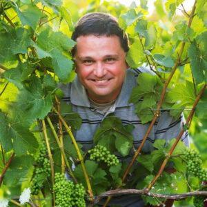 Bells Up Winery Winemaker Dave Specter